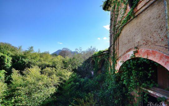 Villa Oscura [lost]