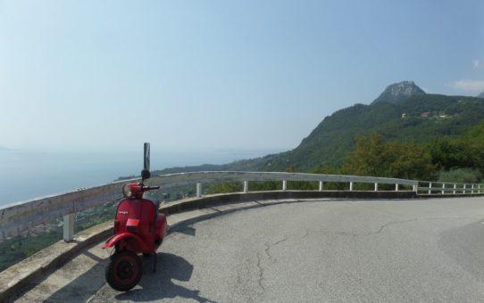 Vespa-Tour an den Gardasee