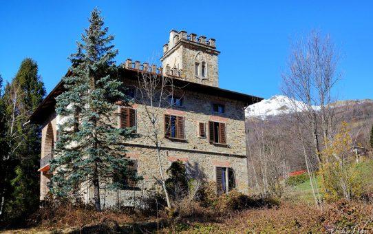 Villa Castel [lost]
